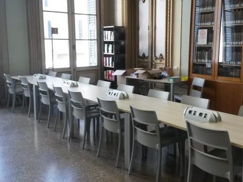 Sala lettura biblioteca Balbi 6